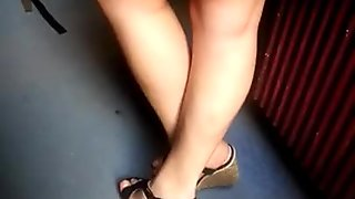 snap feet candid